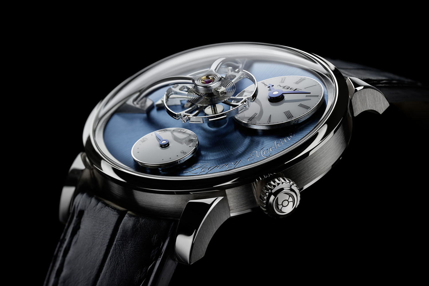 Pre-SIHH 2016 – MB&F Legacy Machine LM101 now in platinum with a blue dial (specs & price)