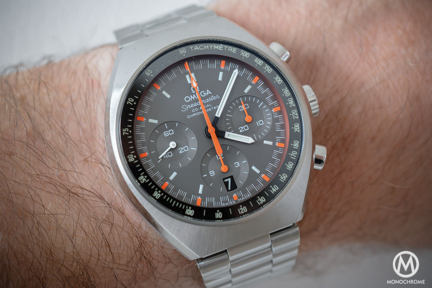Omega Speedmaster Mark II Chronograph Co-Axial - Hands-on