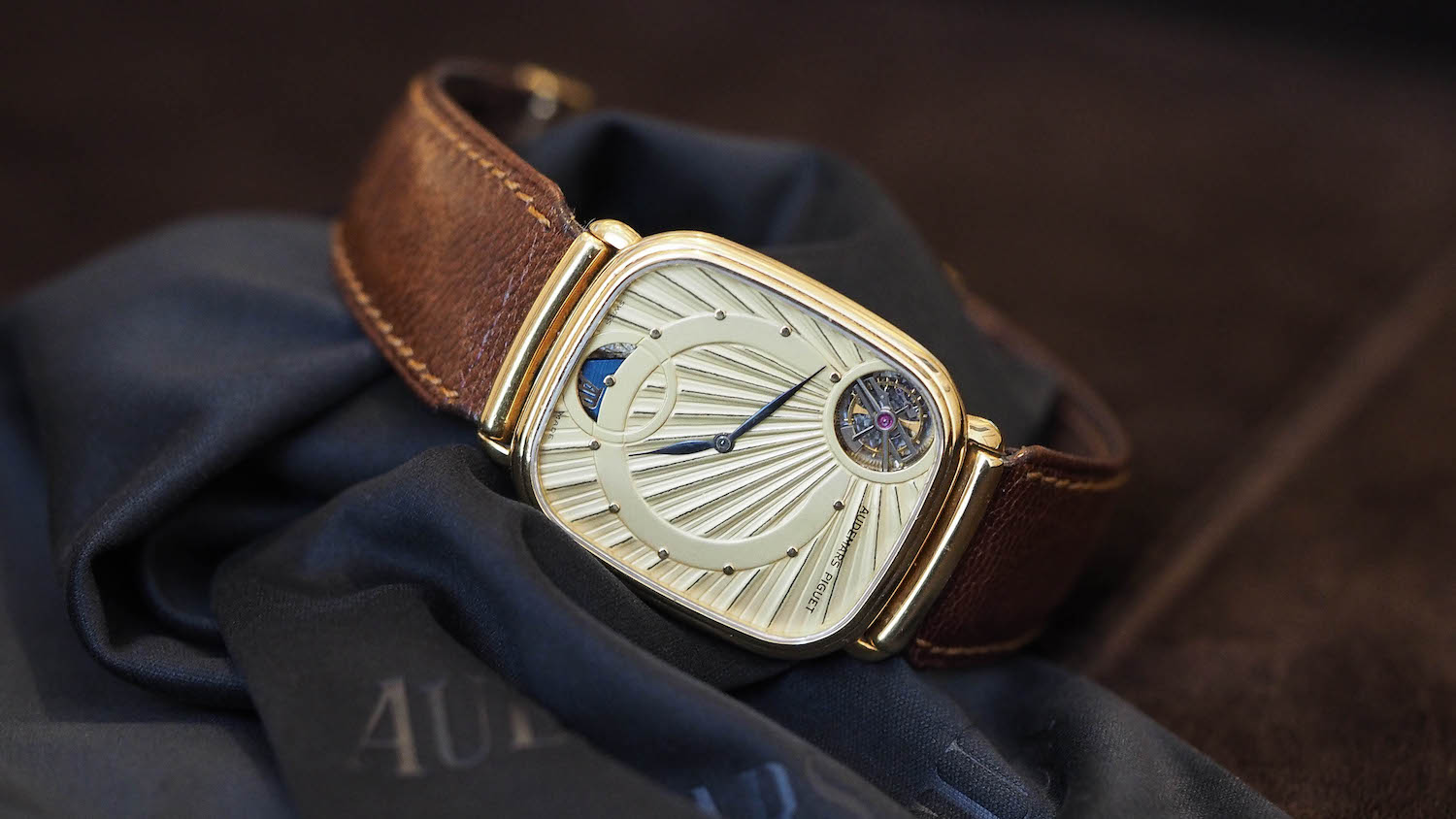 6 Ultra-Thin Watches that break records (thinnest watch, thinnest chronograph, thinnest minute repeater, thinnest tourbillon…)